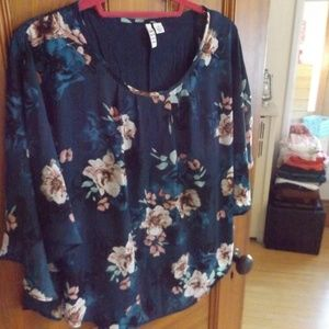 Blue Floral Tunic Top